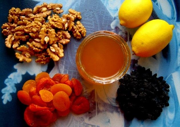 Рецепт смеси из орехов мёда кураги лимона